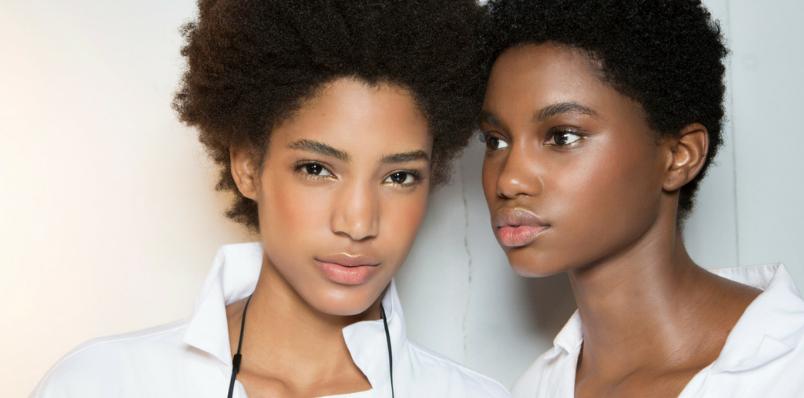 Comment choisir son fond de teint quand on a la peau noire ?
